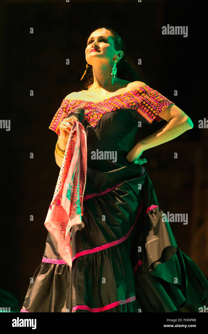 SUSANA HARP sings during  the GUELAGUETZA FESTIVAL in July - OAXACA, MEXICO - Stock Image