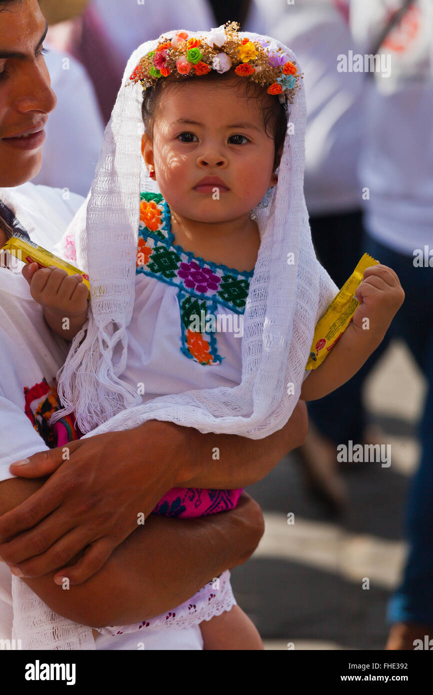 A MEXICAN BABY dressed traditionally in a parade during the July GUELAGUETZA FESTIVAL - OAXACA  sc 1 st  Alamy : baby mexican costume  - Germanpascual.Com