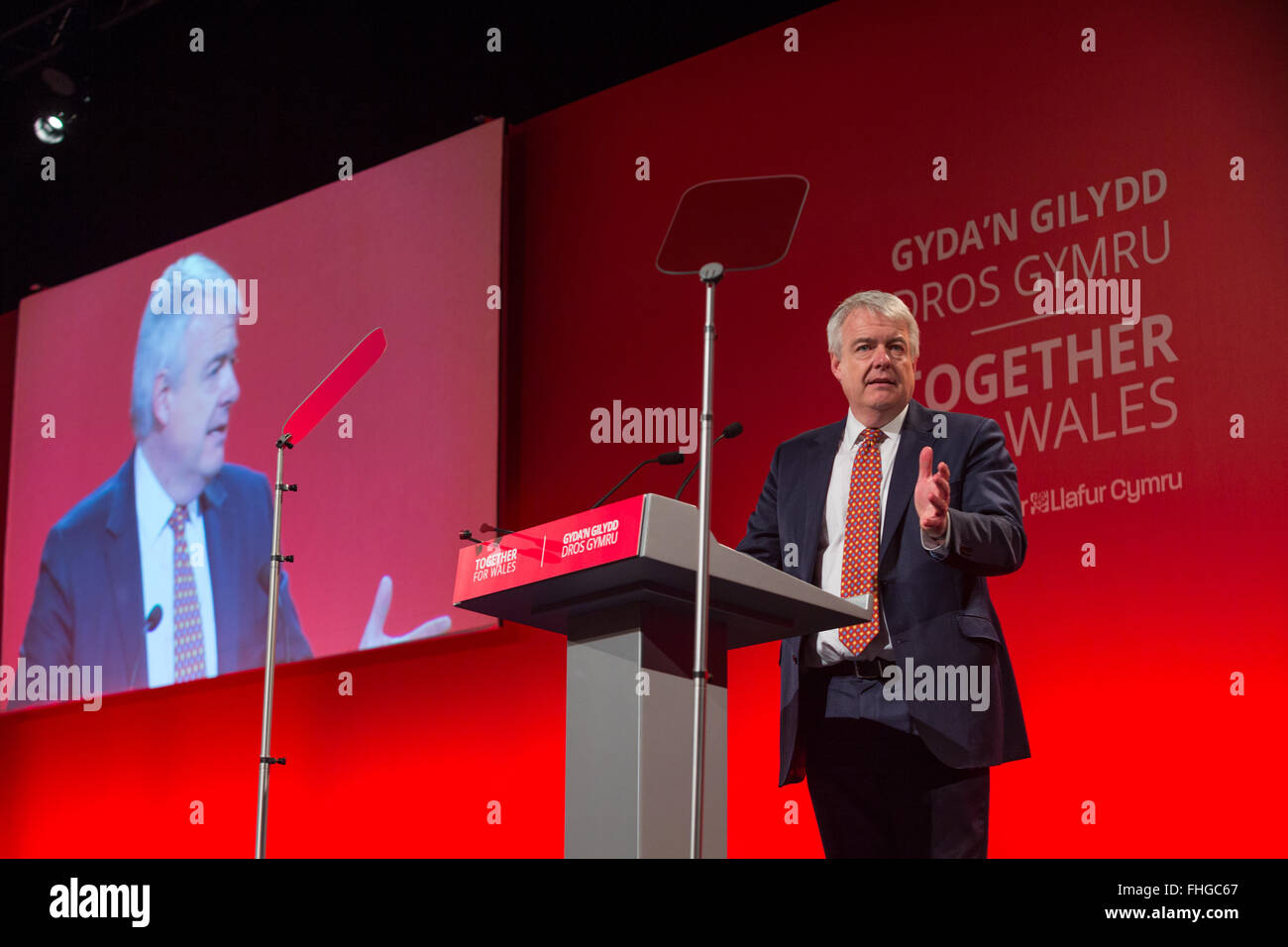 First minister Carwyn Jones AM speaking at the Welsh Labour Conference 2016  Venue Cymru Llandudno © Alan Dop - Stock Image