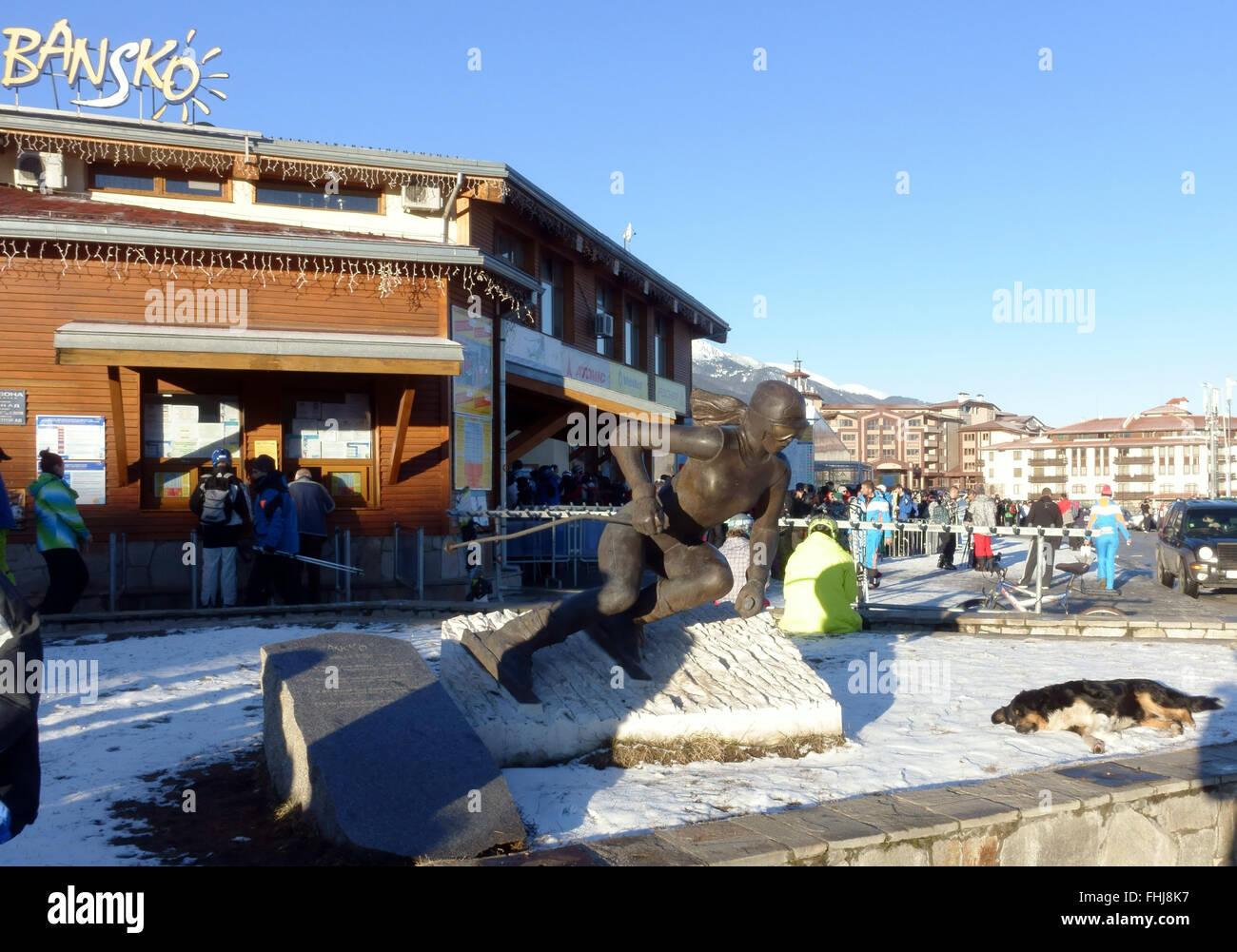 Early morning at the bottom of the Bansko ski lift Bulgaria - Stock Image
