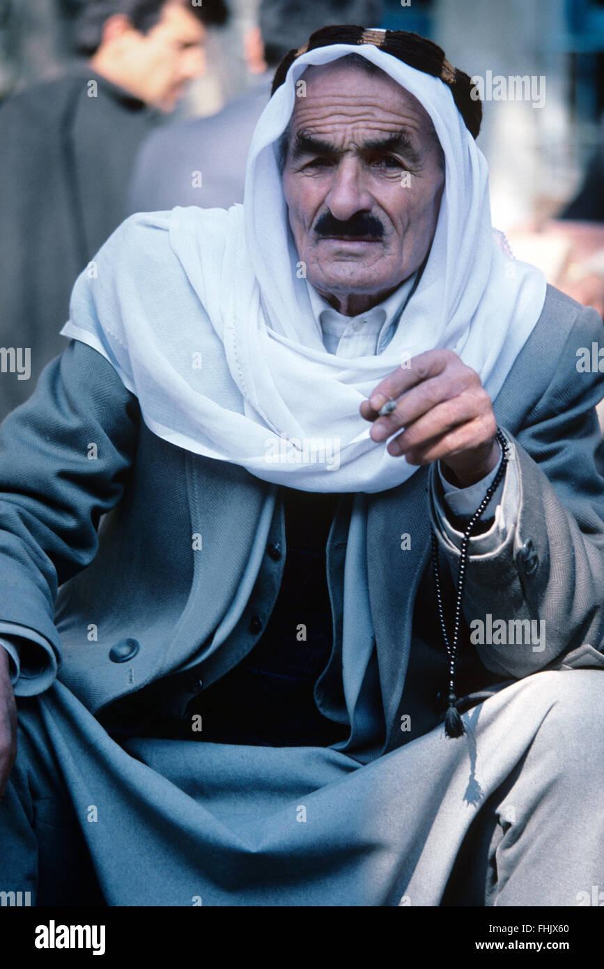 how to wear arab headdress