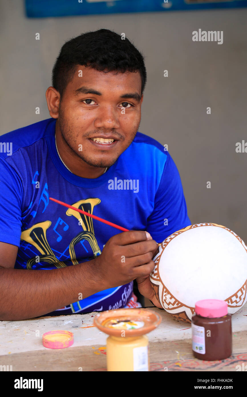 Brazil, Brazilian Amazon, Para, Marajo island, artisan painter painting traditional marajoara pottery - Stock Image