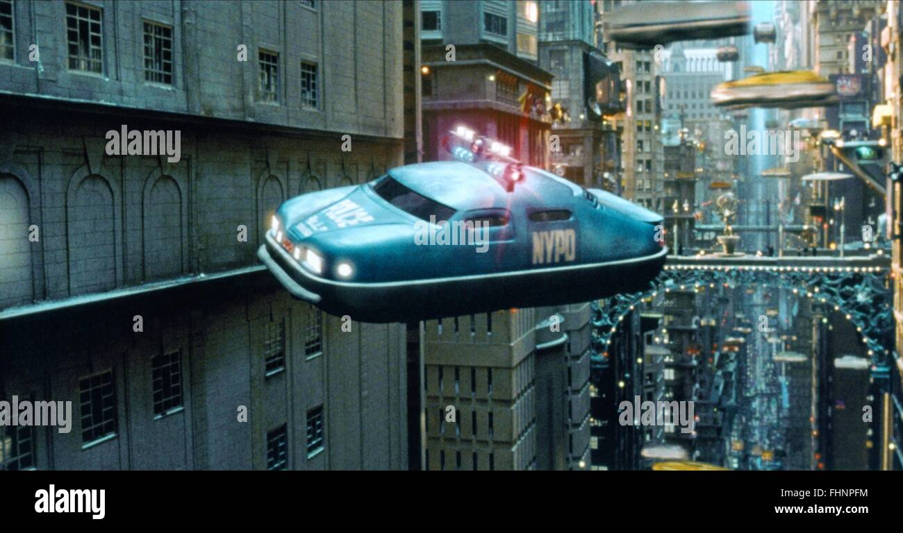 FUTURISTIC TRAFFIC, POLICE CAR, THE FIFTH ELEMENT, 1997 - Stock Image