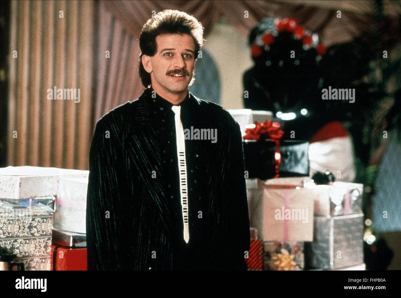 ALLEN COVERT THE WEDDING SINGER (1998 Stock Photo ...