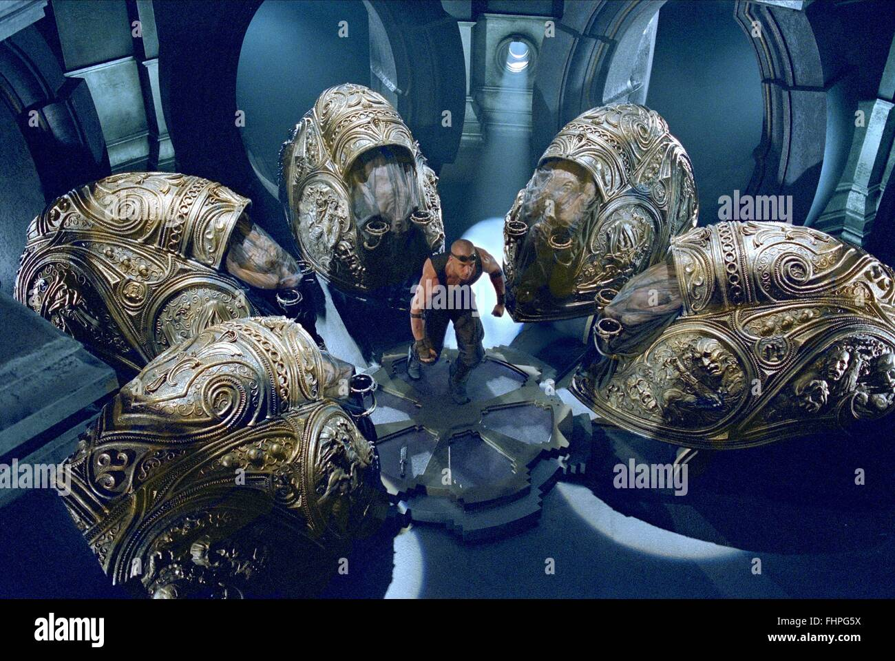 VIN DIESEL THE CHRONICLES OF RIDDICK (2004 Stock Photo - Alamy