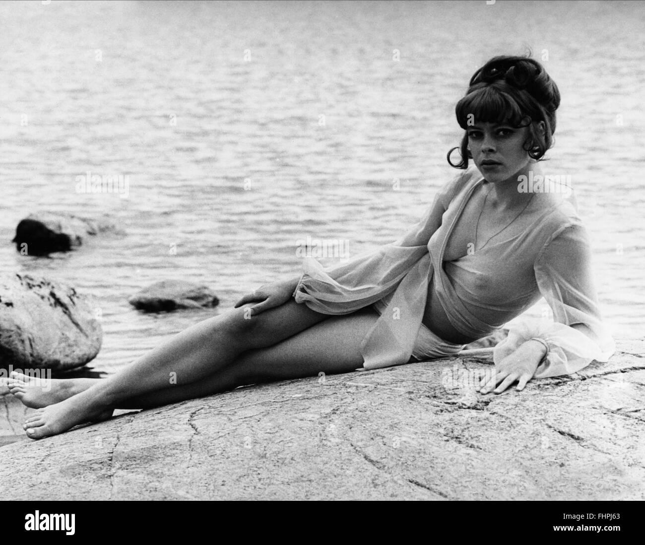 Diana Kjaer Nude Photos 1