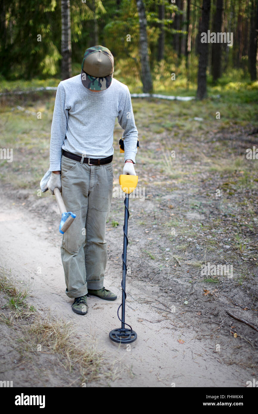 Jew Detector: Treasure Hunter Metal Detector Stock Photos & Treasure