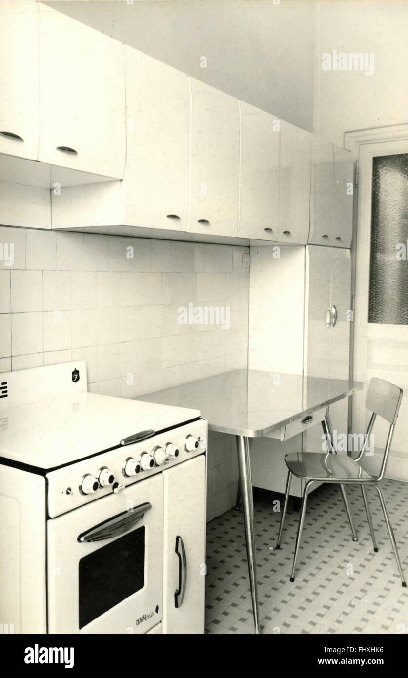 1970s Kitchen Stock Photos & 1970s Kitchen Stock Images - Alamy