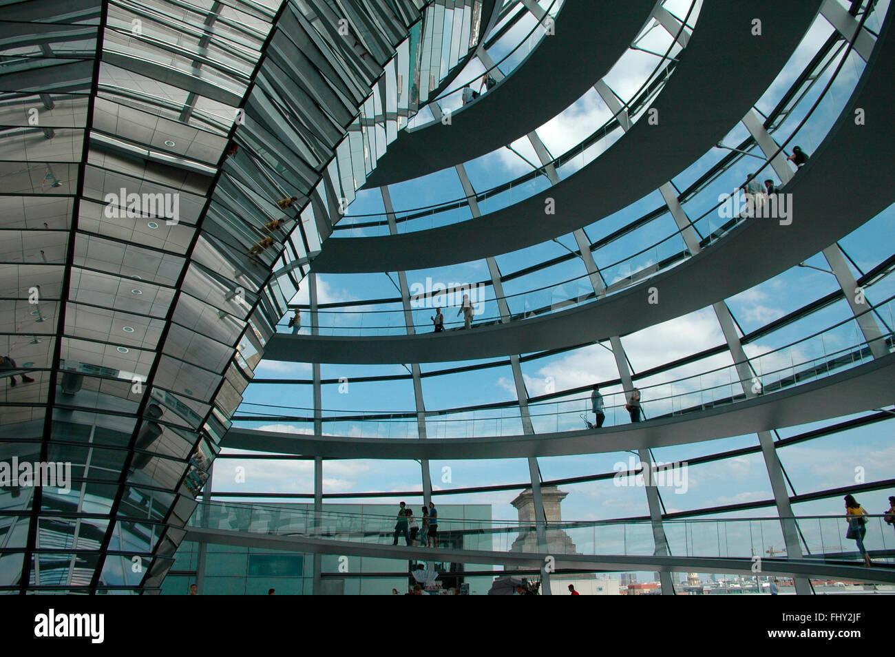 die Kuppel des Reichstages, Berlin-Tiergarten. Stock Photo