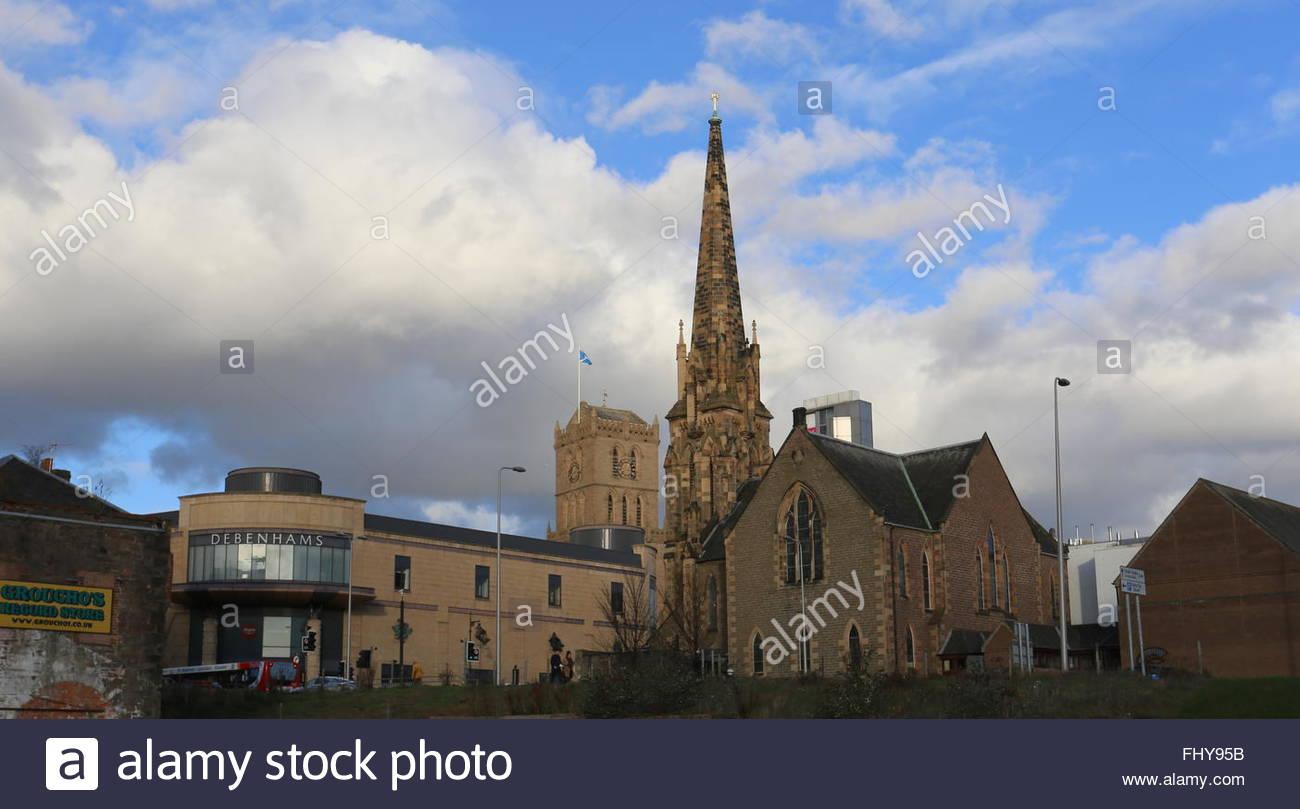 Overgate shopping centre Meadowside St Pauls Church Dundee Scotland  December 2015 Stock Photo