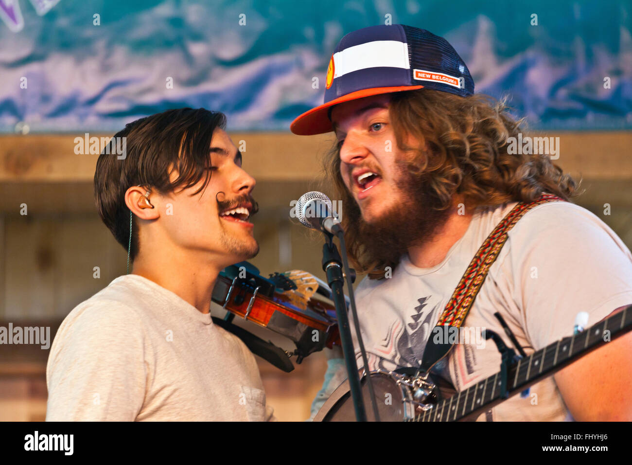 THE OH HELLOS perform at the 2014 FOUR CORNERS FOLK FESTIVAL - COLORADO - Stock Image