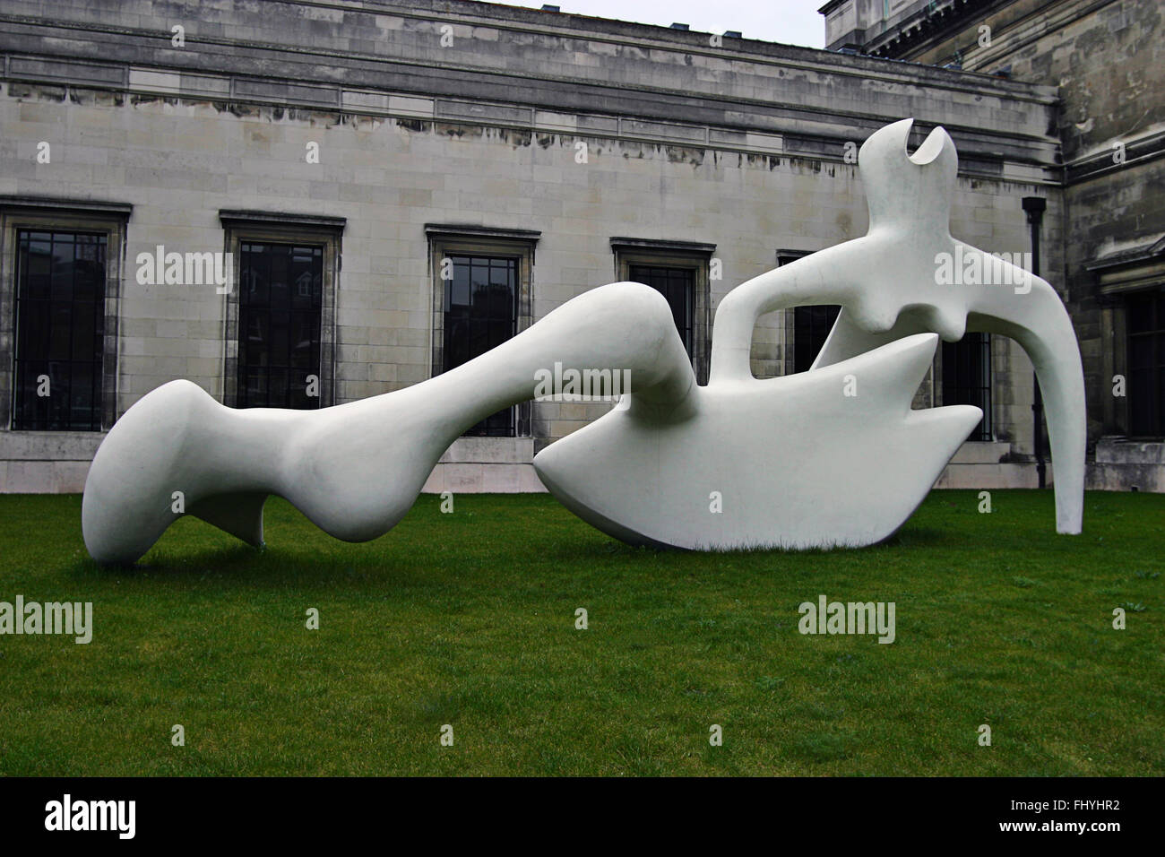 Henry Moore Sculpture, Cambridge England - Stock Image