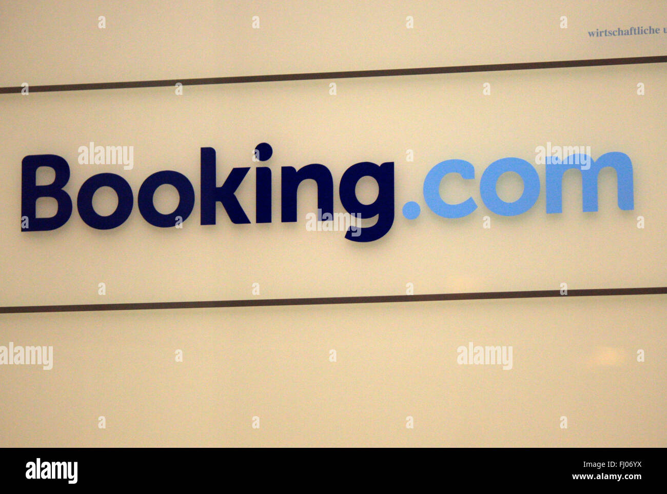 Markenname: 'Booking.com', Berlin. - Stock Image