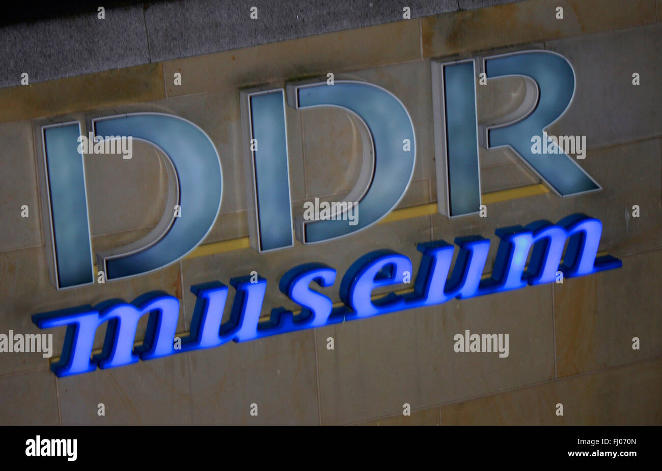 Markenname: 'DDR Museum', Berlin. - Stock Image