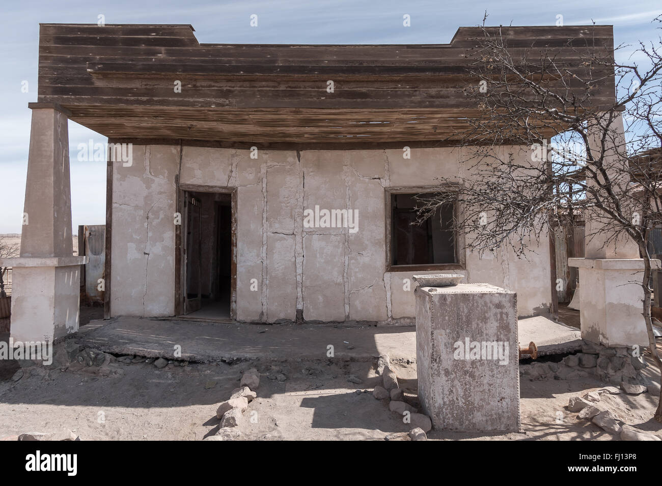 Former supervisors' houses in Humberstone, a former nitrate mining and processing town in the Atacama desert. - Stock Image