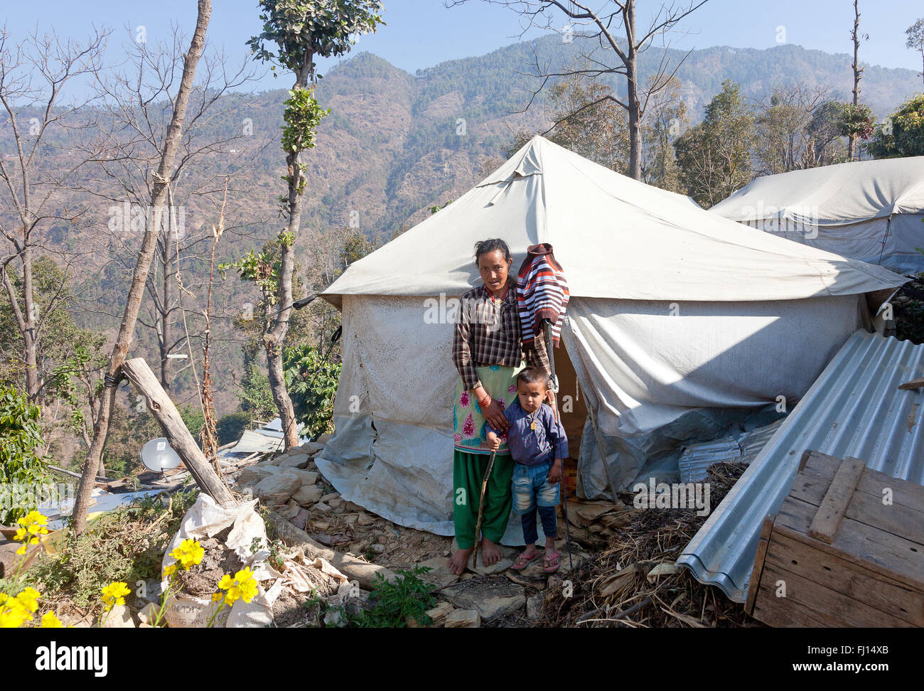 ShelterBox beneficiaries in Pipaldanda, Sindupalchowk, Nepal - Stock Image