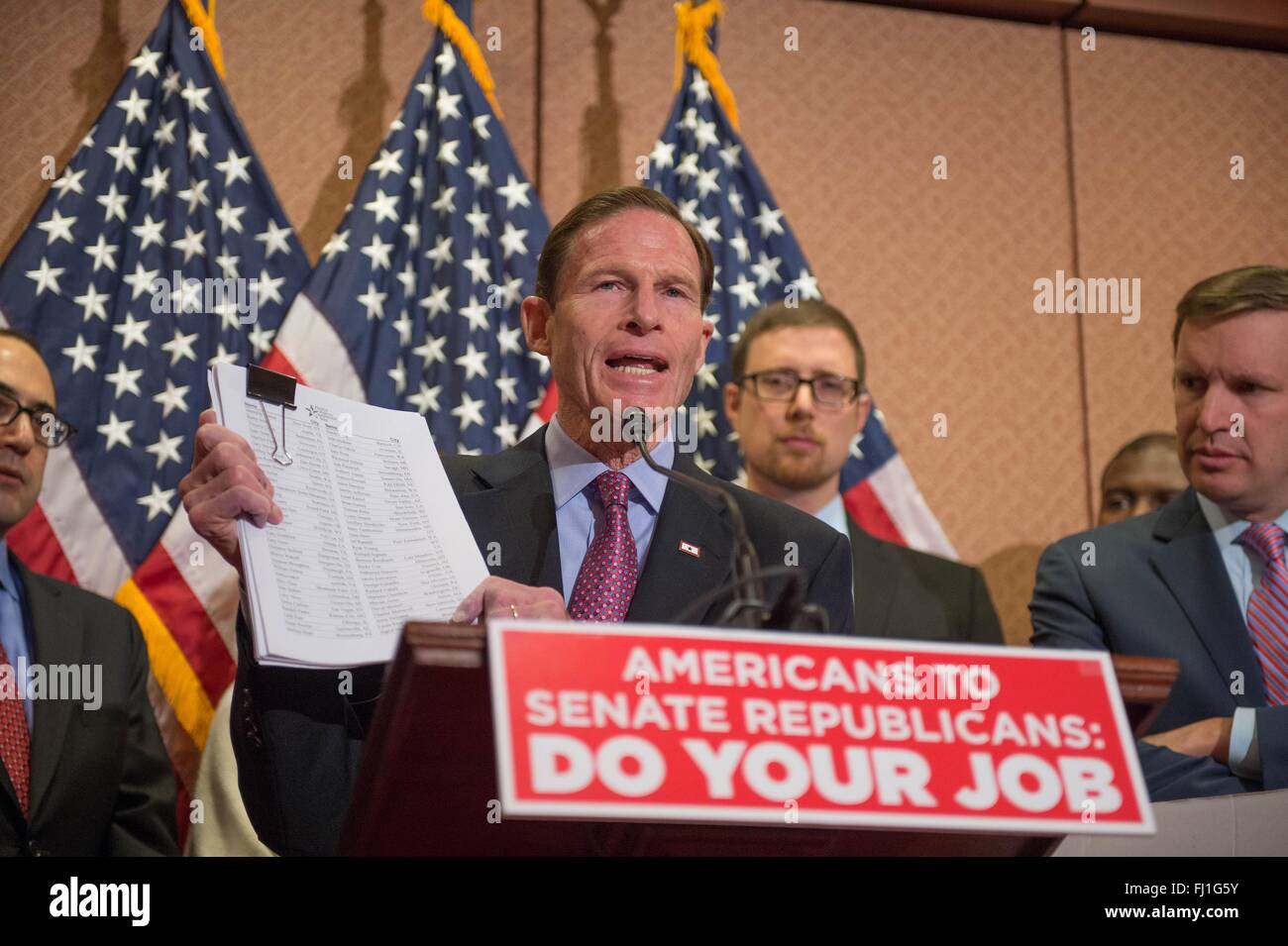 U.S. Senator Richard Blumenthal and other Democrats call on Republicans to fill the Supreme Court vacancy created - Stock Image