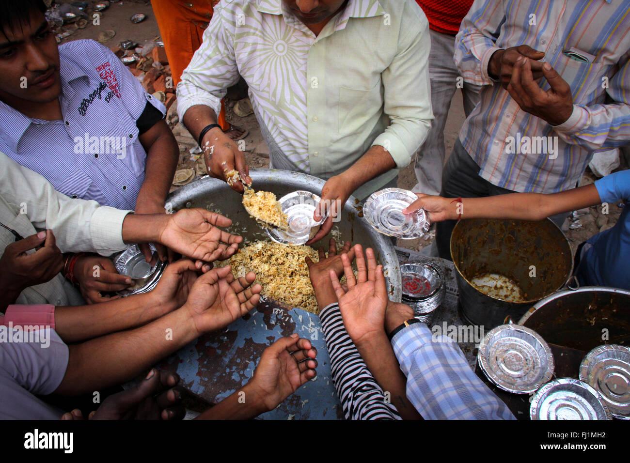 Food Distribution Stock Photos & Food Distribution Stock Images - Alamy