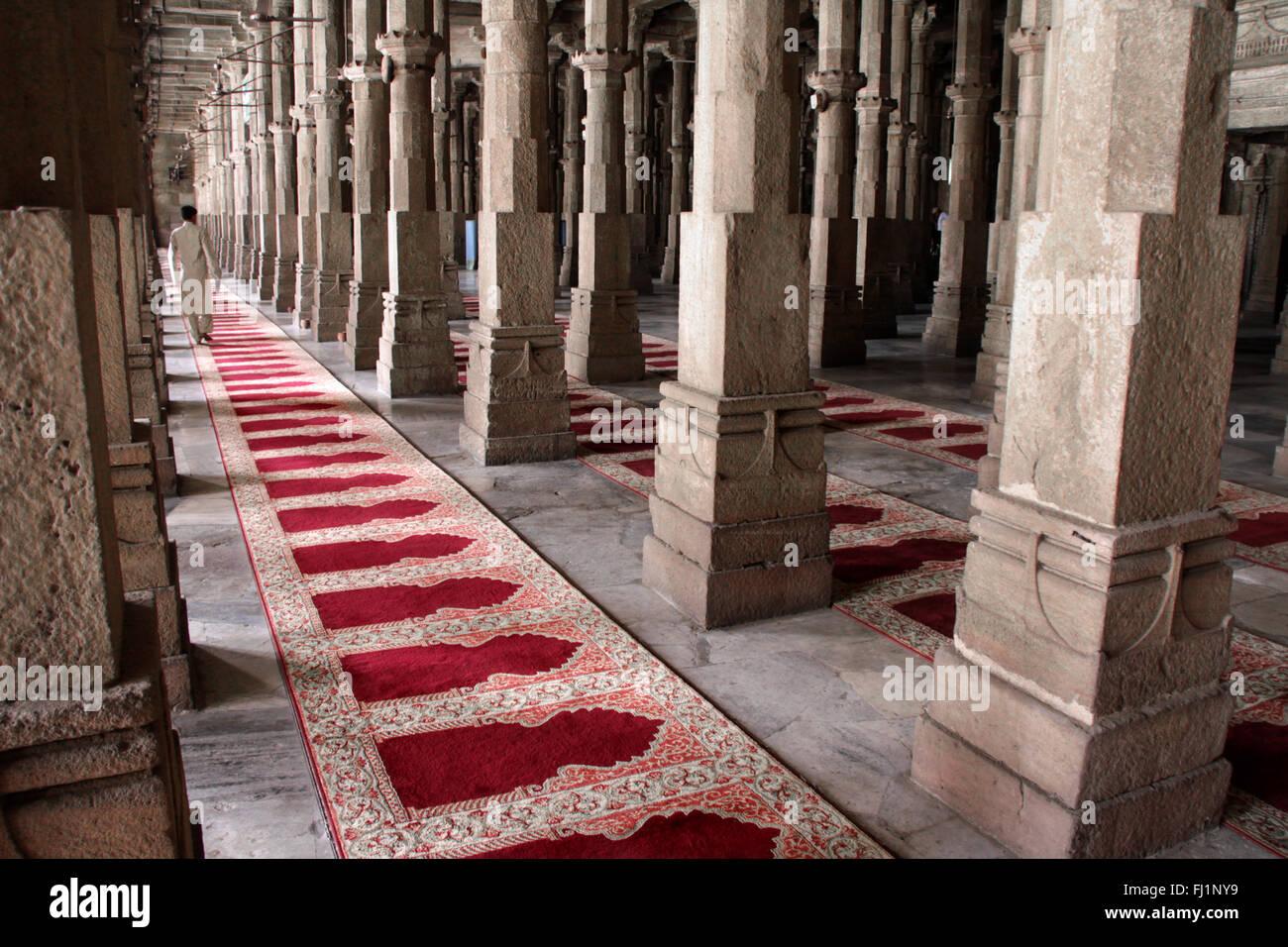 Stunning architecture inside Jama Masjid, Ahmedabad, India - Stock Image