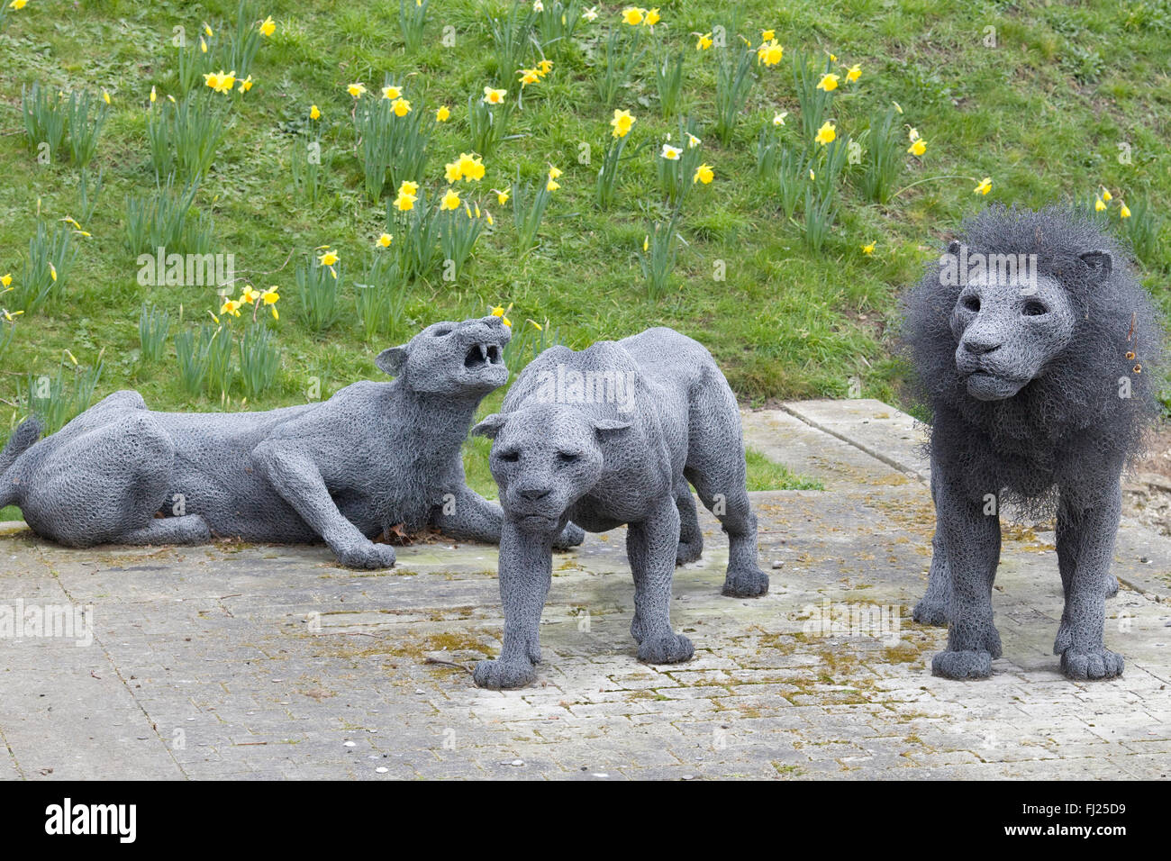 Royal Beasts by Artist Kendra Haste made from wire mesh - Stock Image