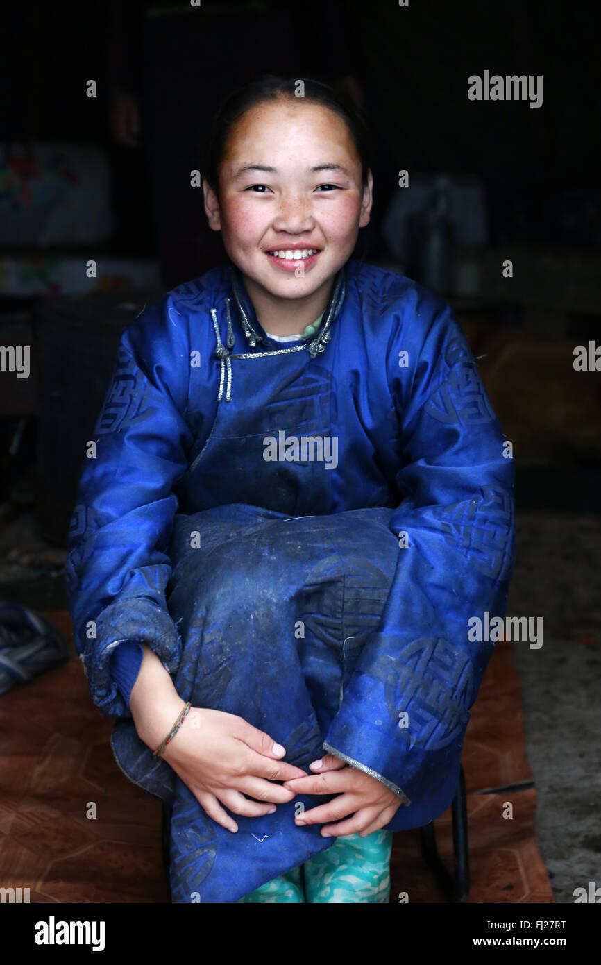 Young girl, Tsaatan Dukha people , nomadic reindeer herders , Mongolia - Stock Image