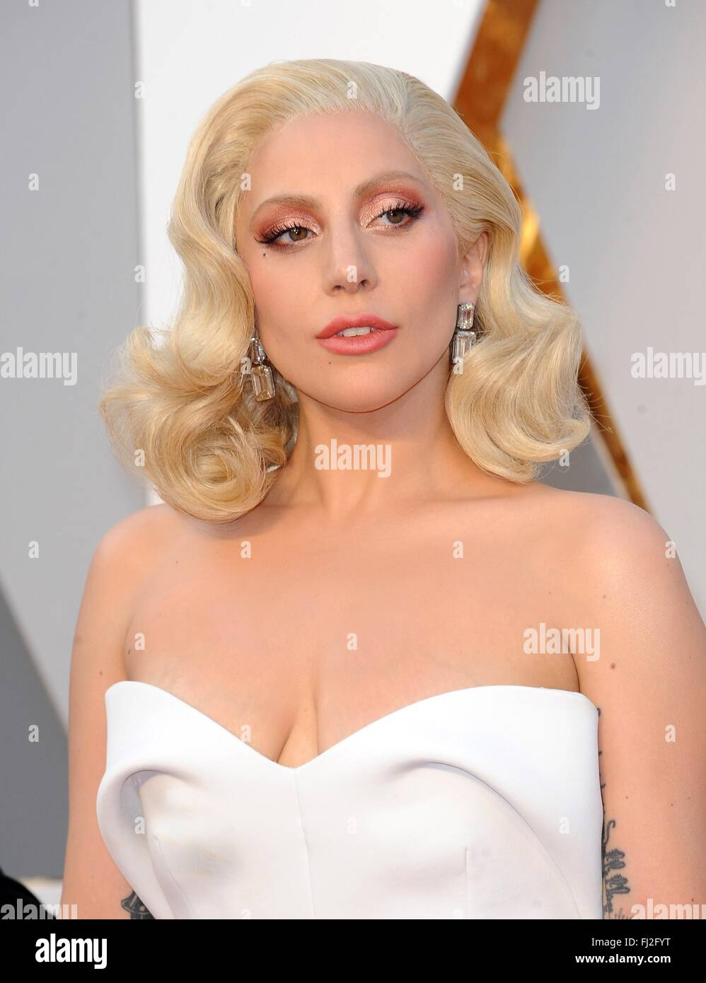 Los Angeles, CA, USA. 28th Feb, 2016. Lady Gaga at arrivals for The 88th Academy Awards Oscars 2016 - Arrivals 2, Stock Photo