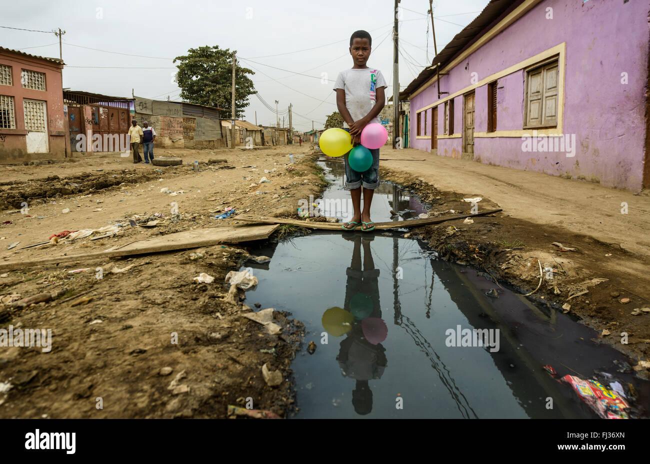 Life in Bairro Rangel, Luanda, Angola, Africa - Stock Image