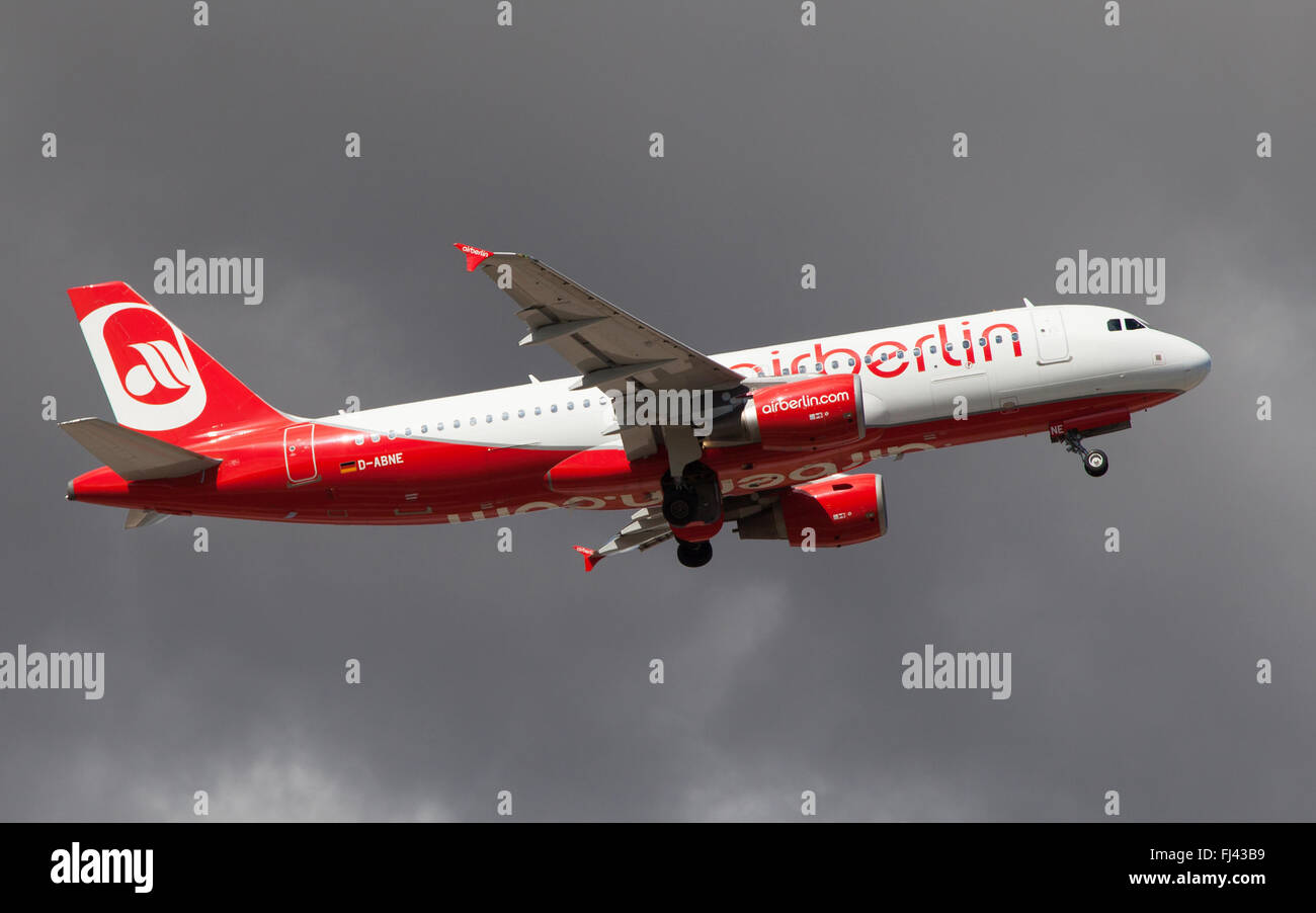An Air Berlin Airbus A320-214 taking off from El Prat Airport in Barcelona, Spain. - Stock Image