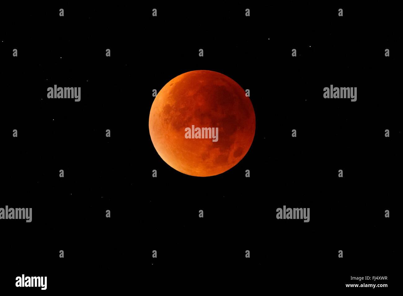 lunar eclipse, blood moon, 28.09.2015, Switzerland - Stock Image