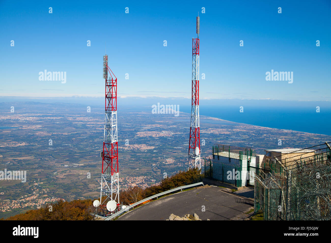 The summit masts of Puig Neulós, in the eastern Pyrenees, France. - Stock Image