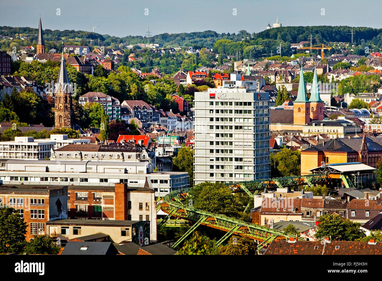 view to district Elberfeld with Wuppertal Suspension Railway, Germany, North Rhine-Westphalia, Bergisches Land, Stock Photo