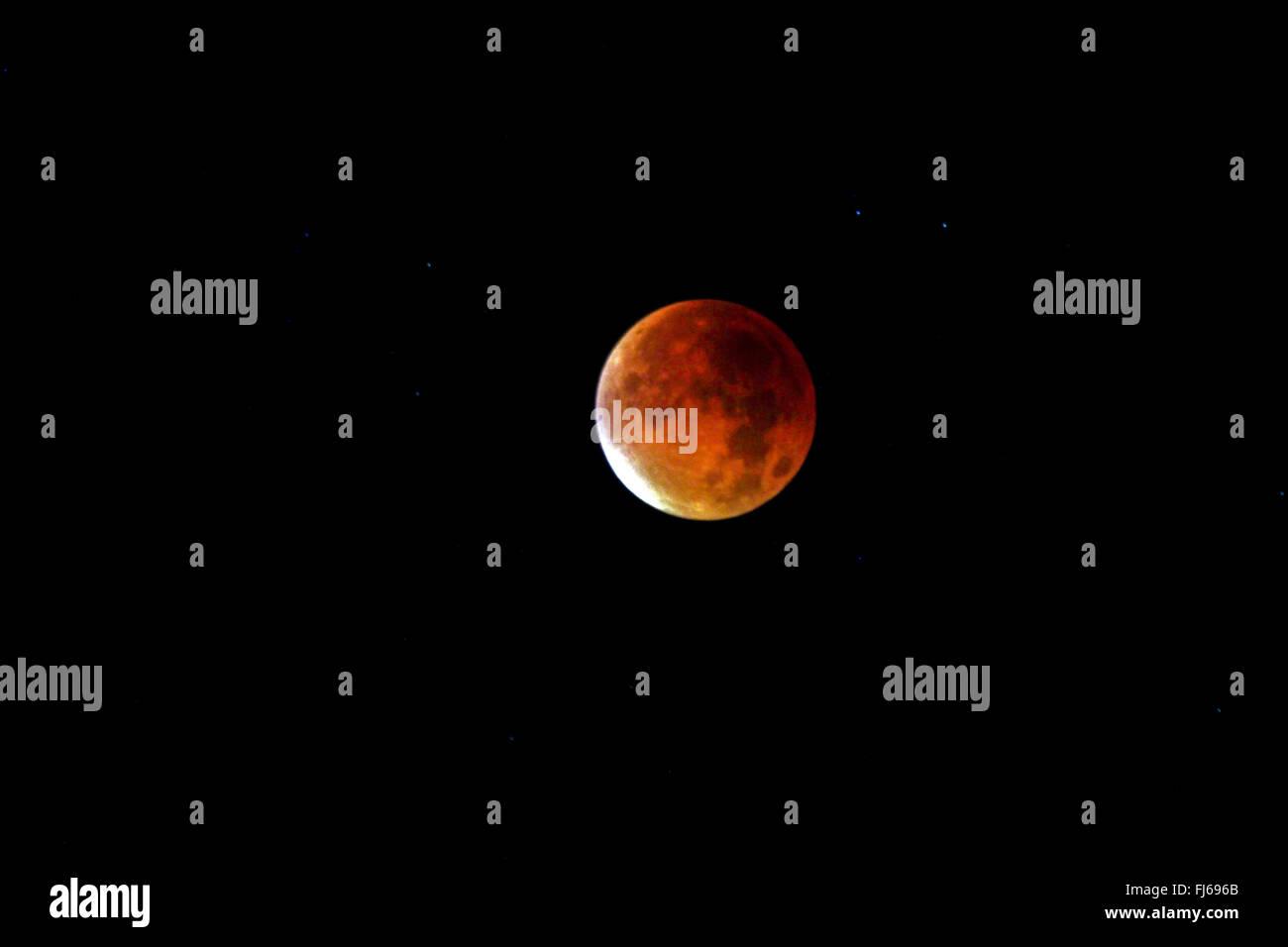 lunar eclipse, blood moon, 28.09.2015, Germany, North Rhine-Westphalia, Ruhr Area, Essen - Stock Image