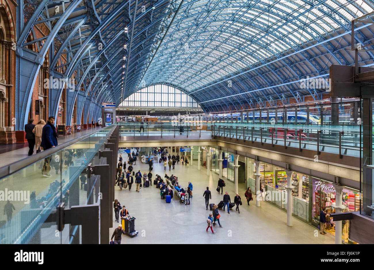 St Pancras International railway station, London, England, UK Stock Photo