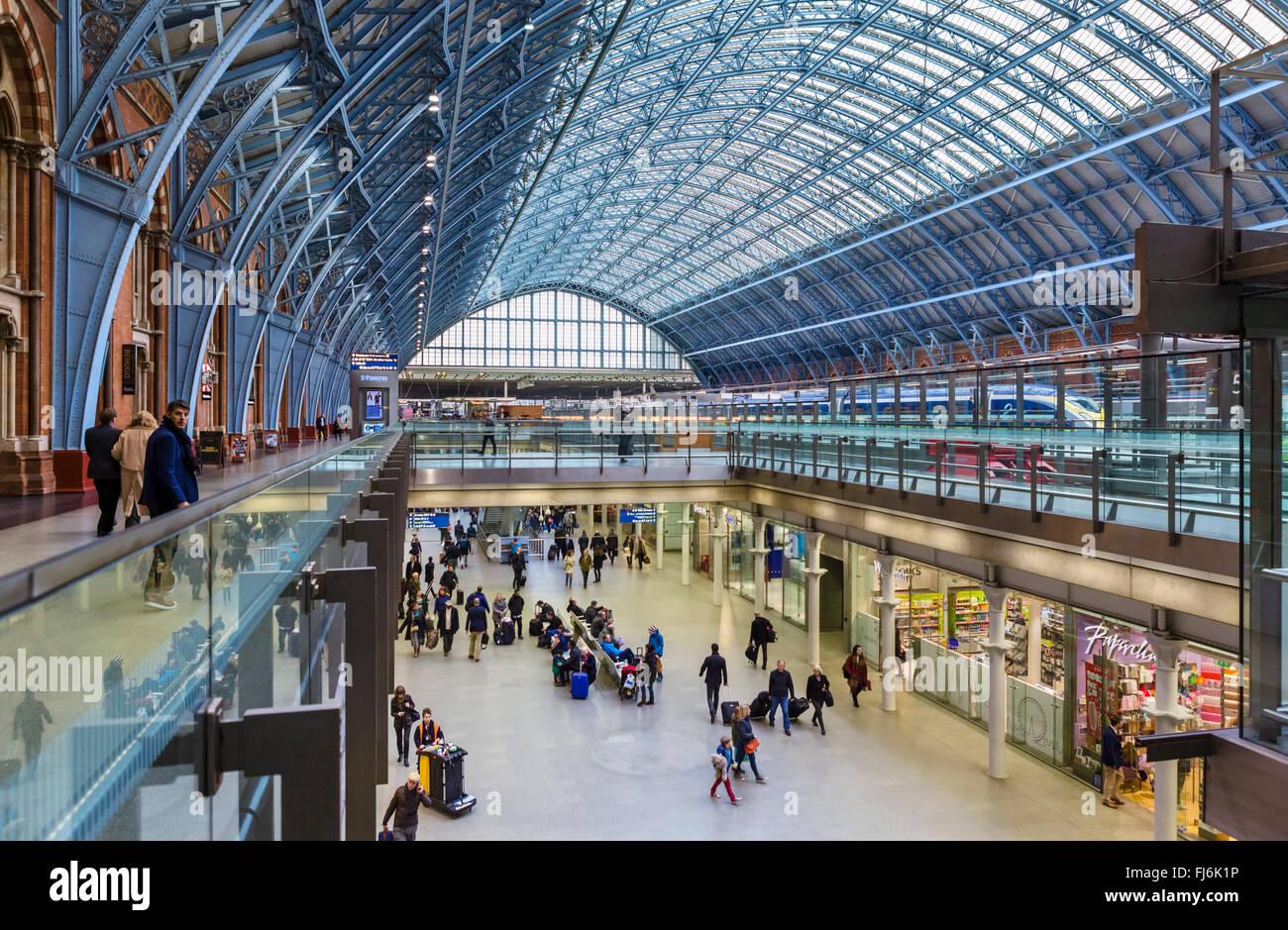 St Pancras International railway station, London, England, UK - Stock Image