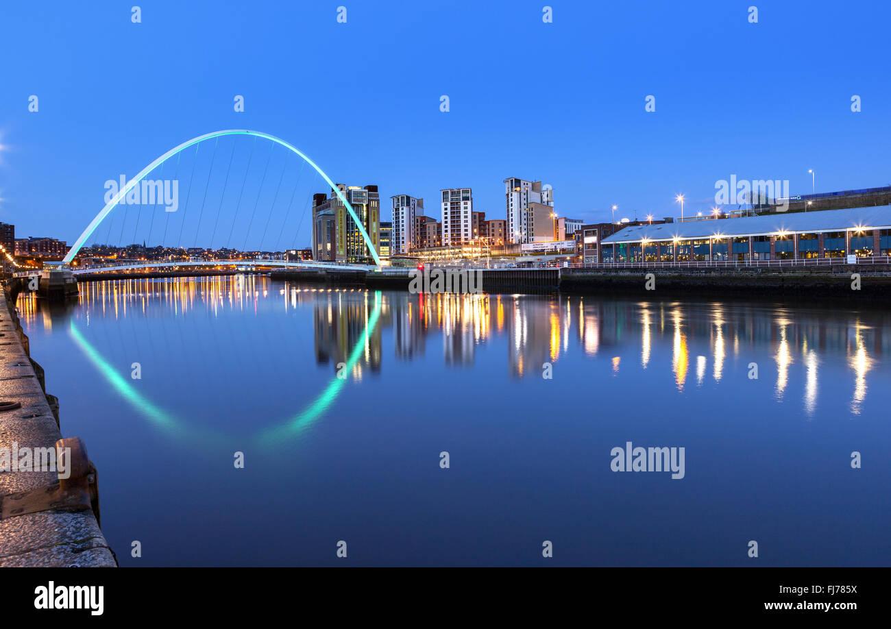 Millennium bridge over river Tyne in Newcastle Upon Tyne, England. Stock Photo