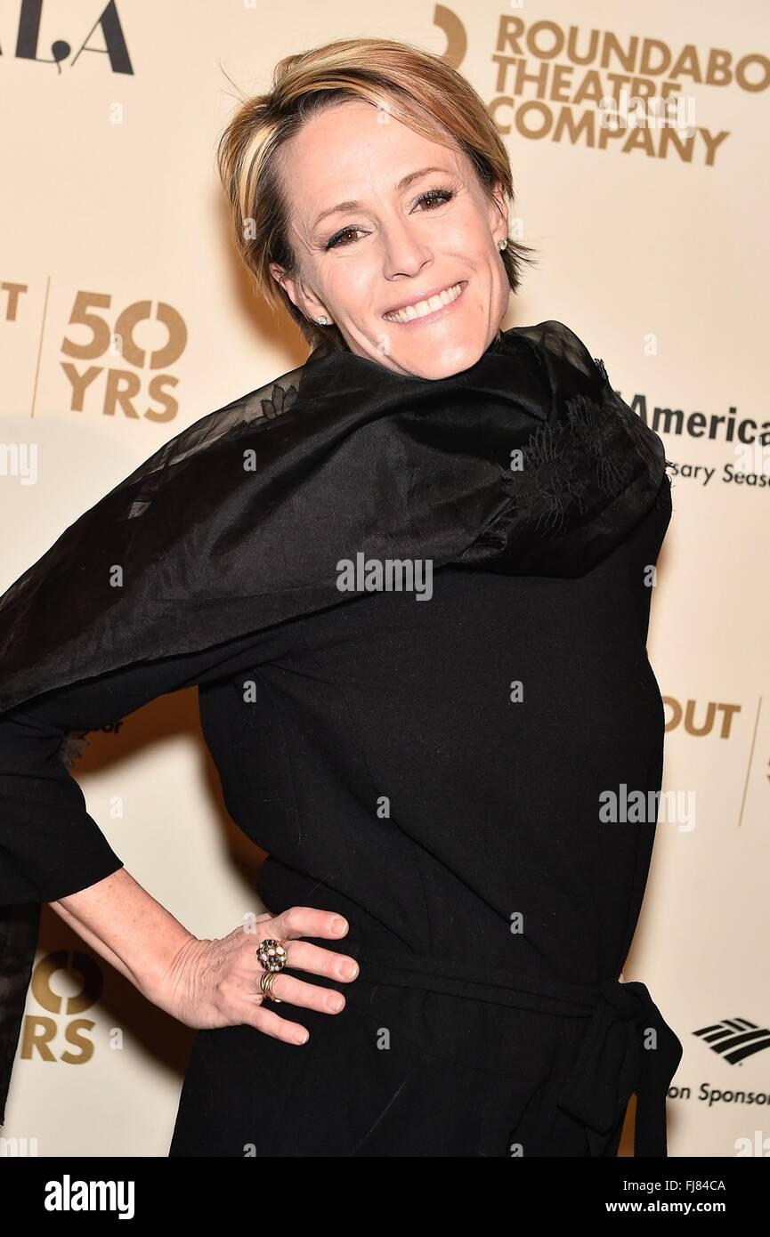 New York, NY, USA. 29th Feb, 2016. Mary Stuart Masterson at arrivals for Roundabout Theatre Company 2016 Spring Stock Photo