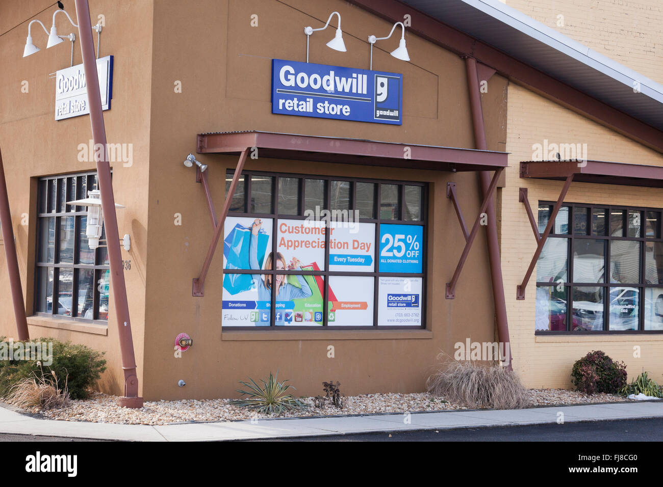 Goodwill retail store - USA - Stock Image
