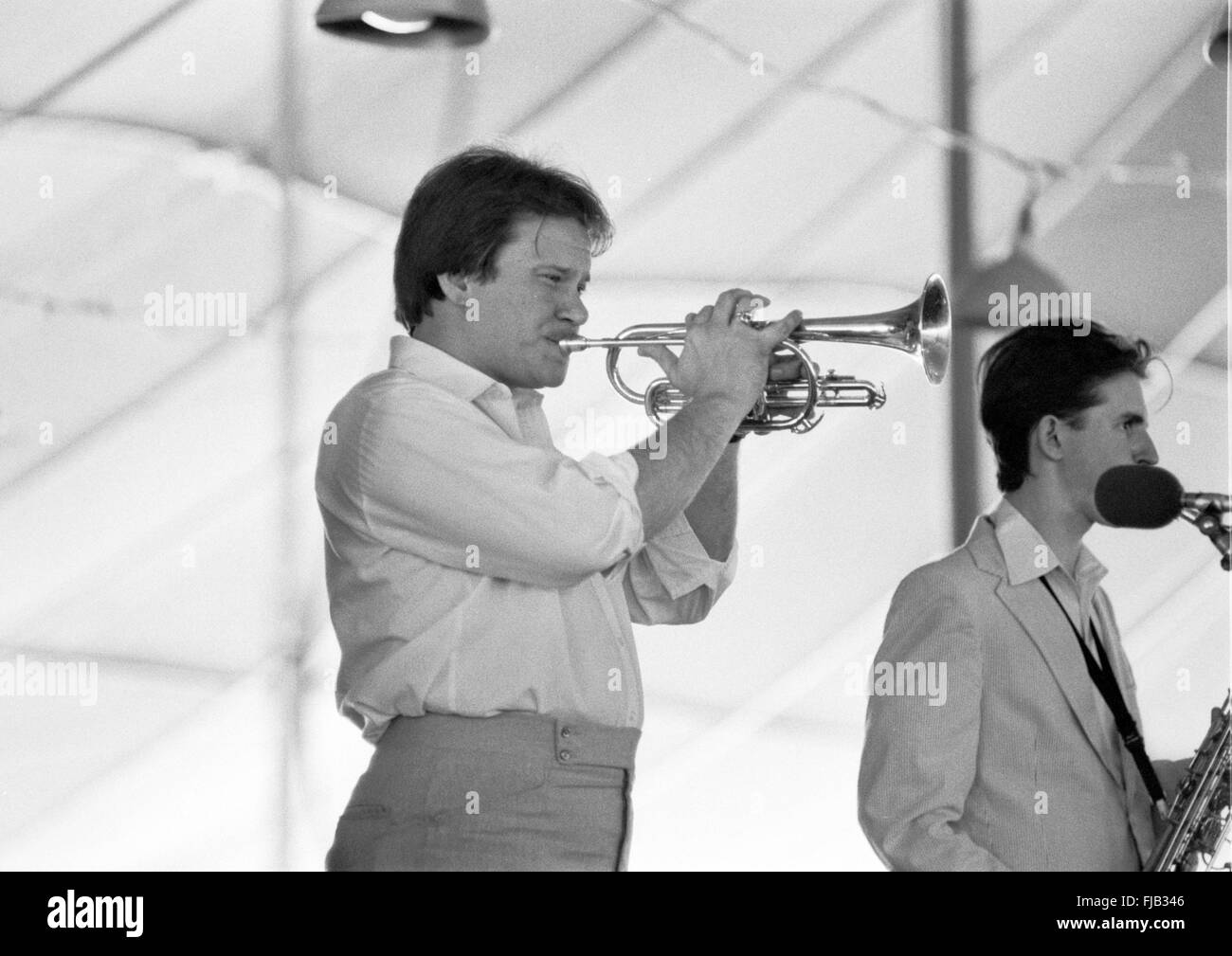 Warren Vache and Scott Hamilton at the Kool Jazz Festival in Stanhope, New Jersey, June 1982. - Stock Image