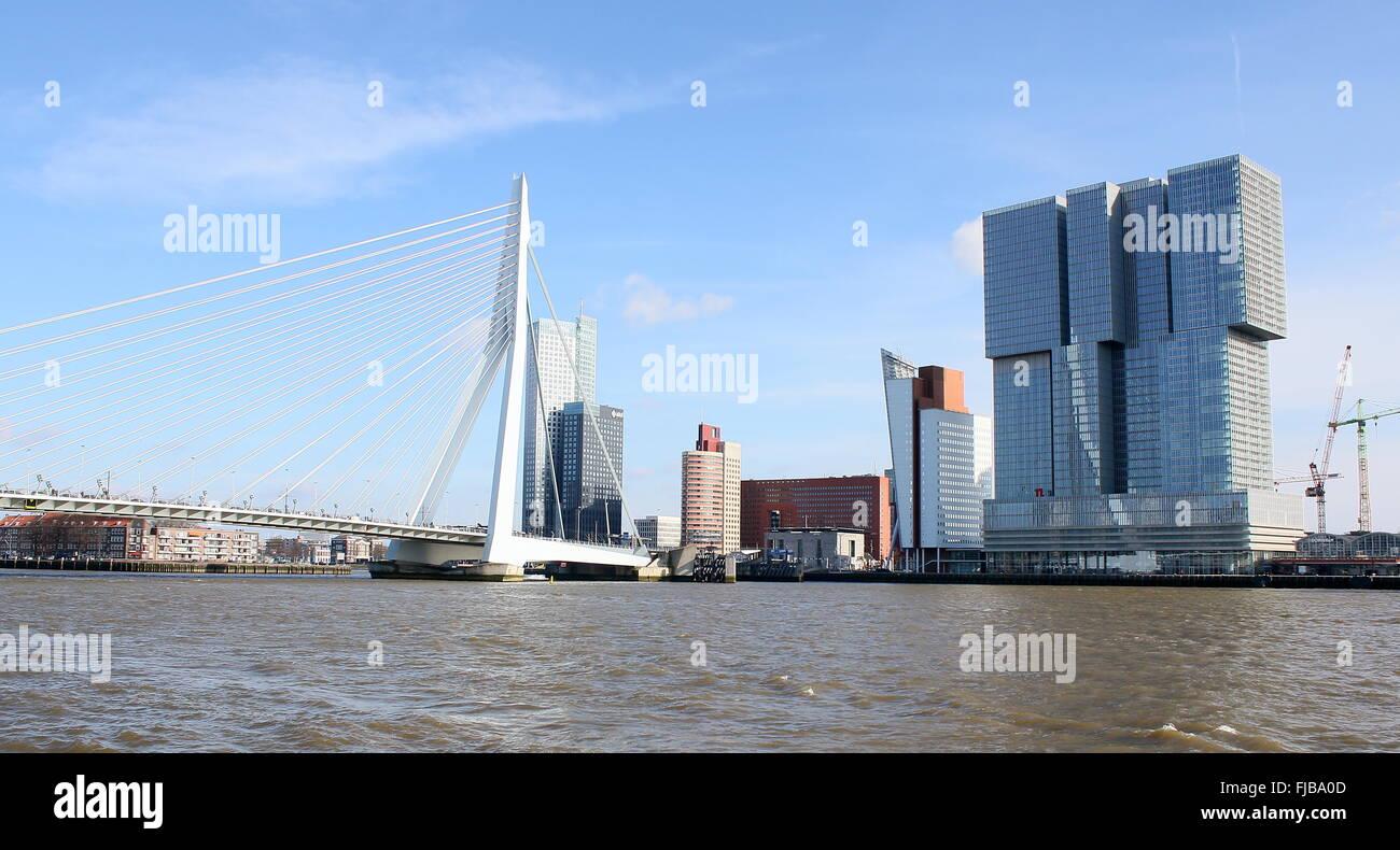 'De Rotterdam'  skyscraper complex (Rem Koolhaas, 2013) in Rotterdam,  Netherlands. Nieuwe Maas waterway, - Stock Image