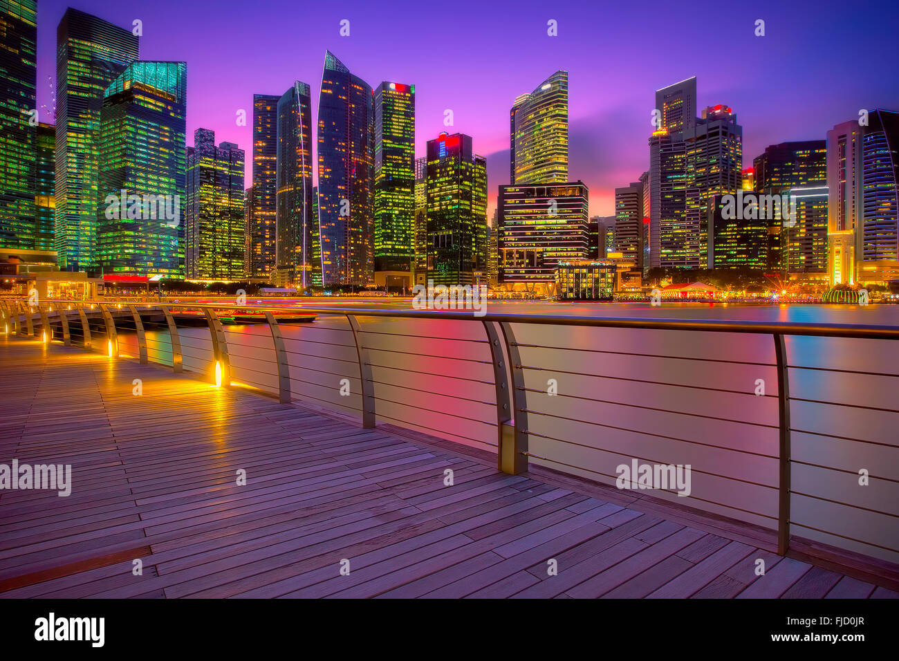 Singapore marina at sunset - Stock Image