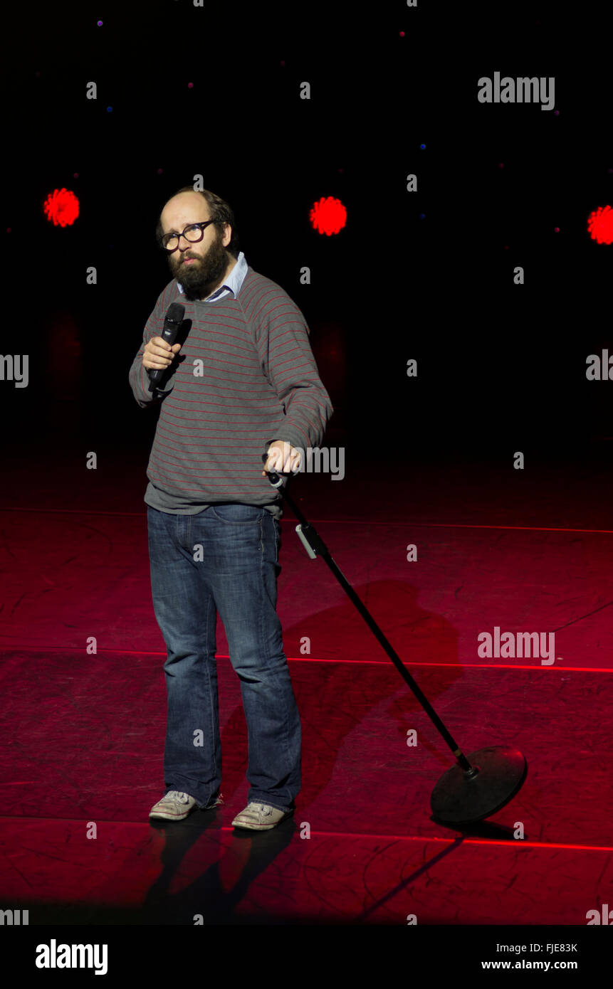Daniel Kitson compere live at A Belter for the Shelter comedy fundraising night for Hackney Winter Night Shelter - Stock Image