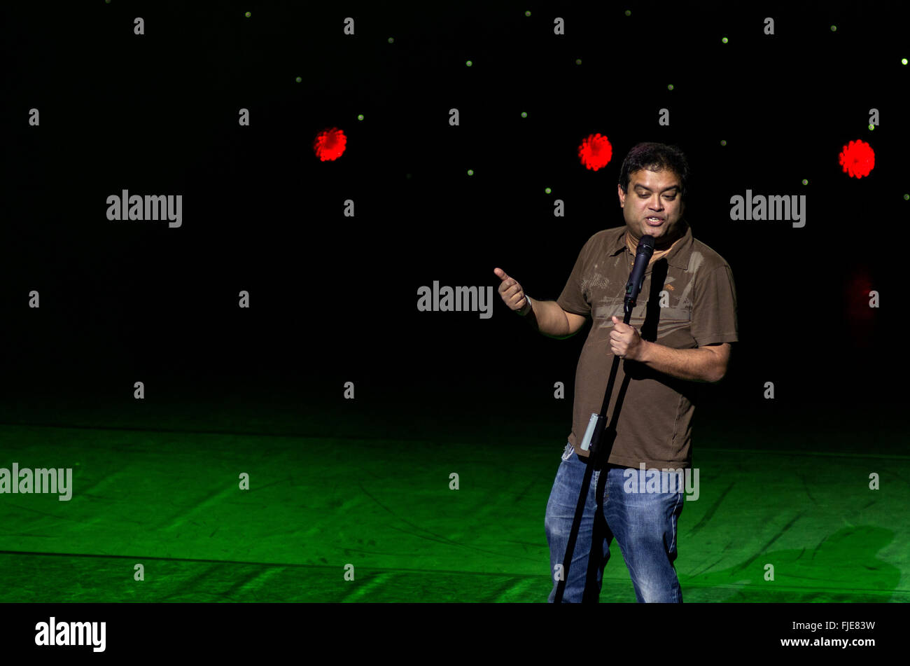 Paul Sinha live at A Belter for the Shelter comedy fundraising night for Hackney Winter Night Shelter October 2013 - Stock Image