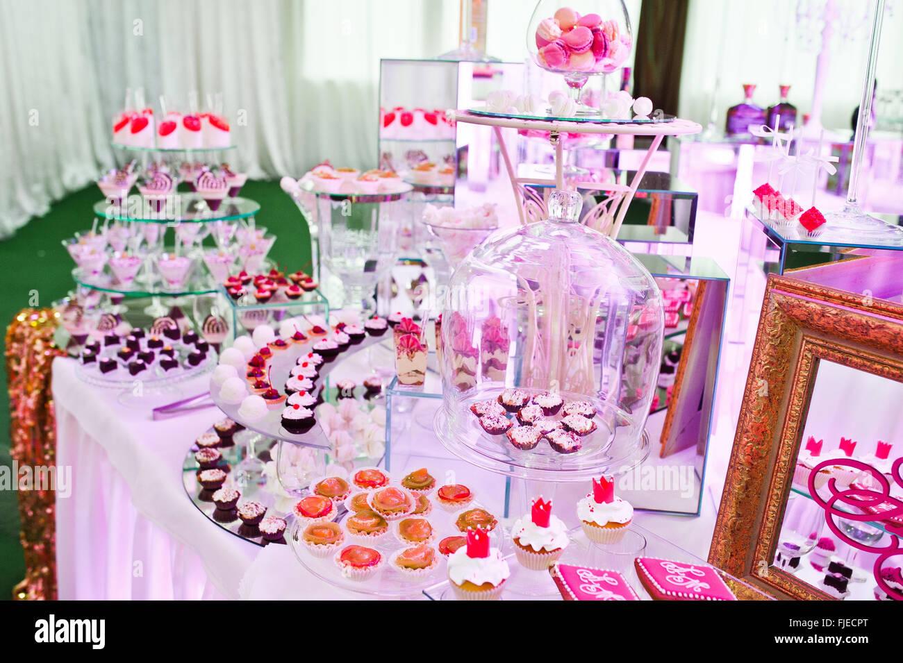 Buffet Set Up Wedding Reception Stock Photos & Buffet Set Up Wedding ...