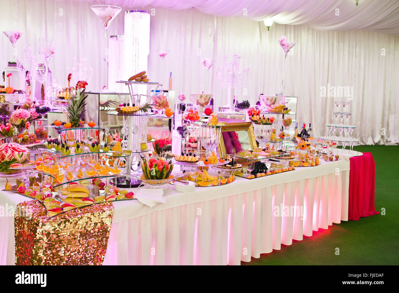 Awesome Wedding Reception Of Food And Drink With Various