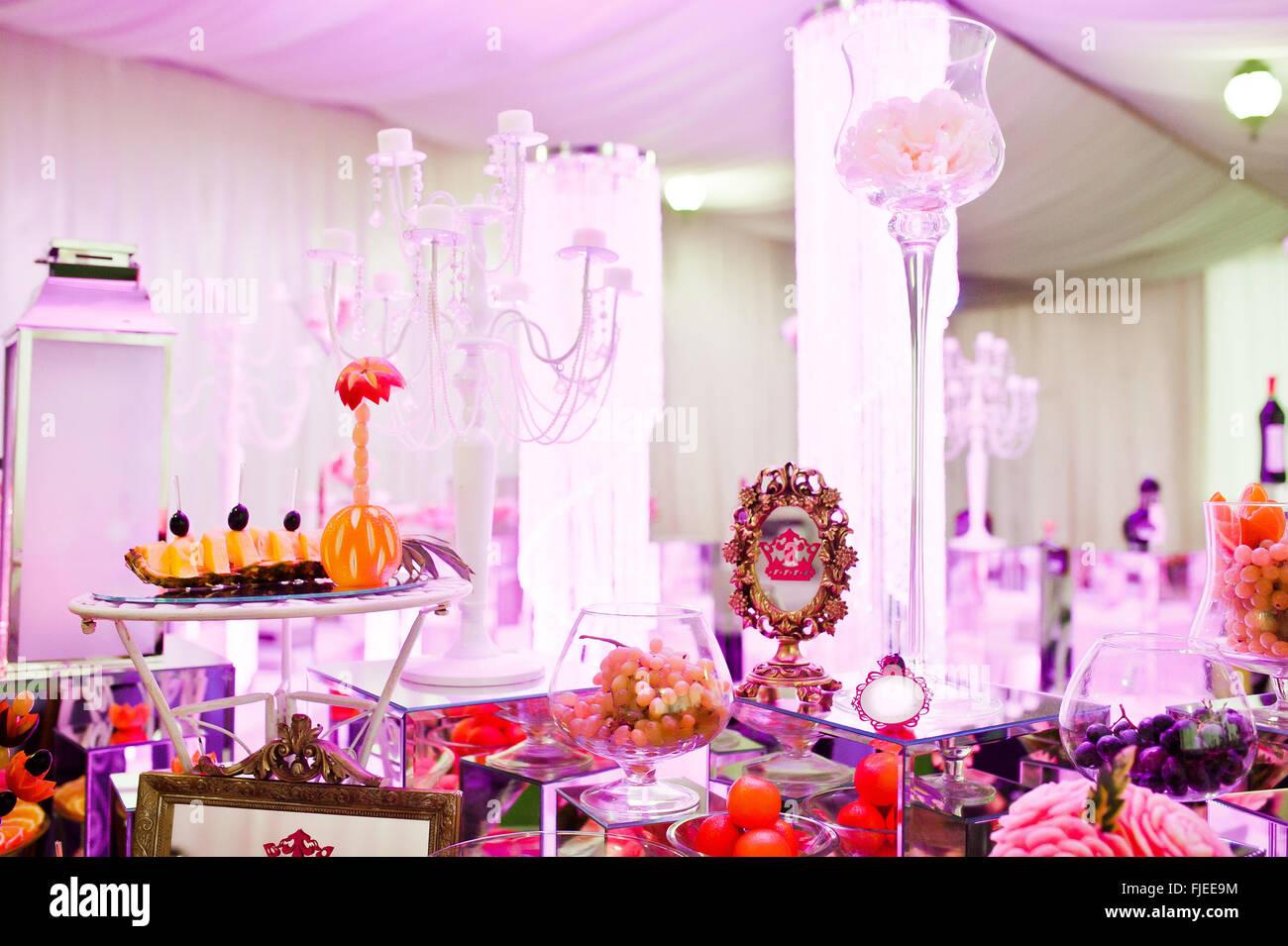 Table Set Luxurious Wedding Dinner Stock Photos & Table Set ...