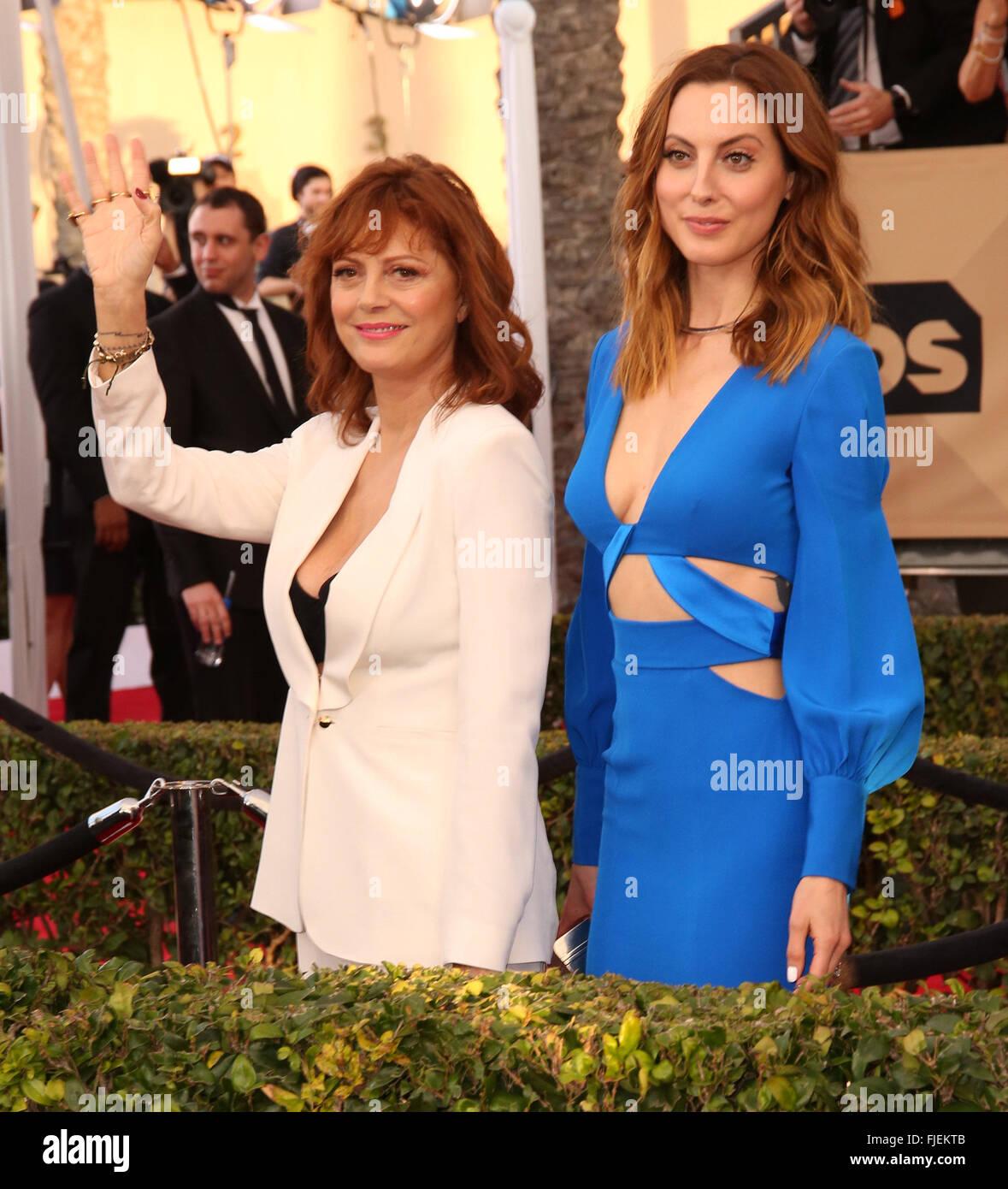 22nd Annual Screen Actors Guild Awards at The Shrine Expo Hall - Arrivals  Featuring: Susan Sarandon, Eva Amurri - Stock Image