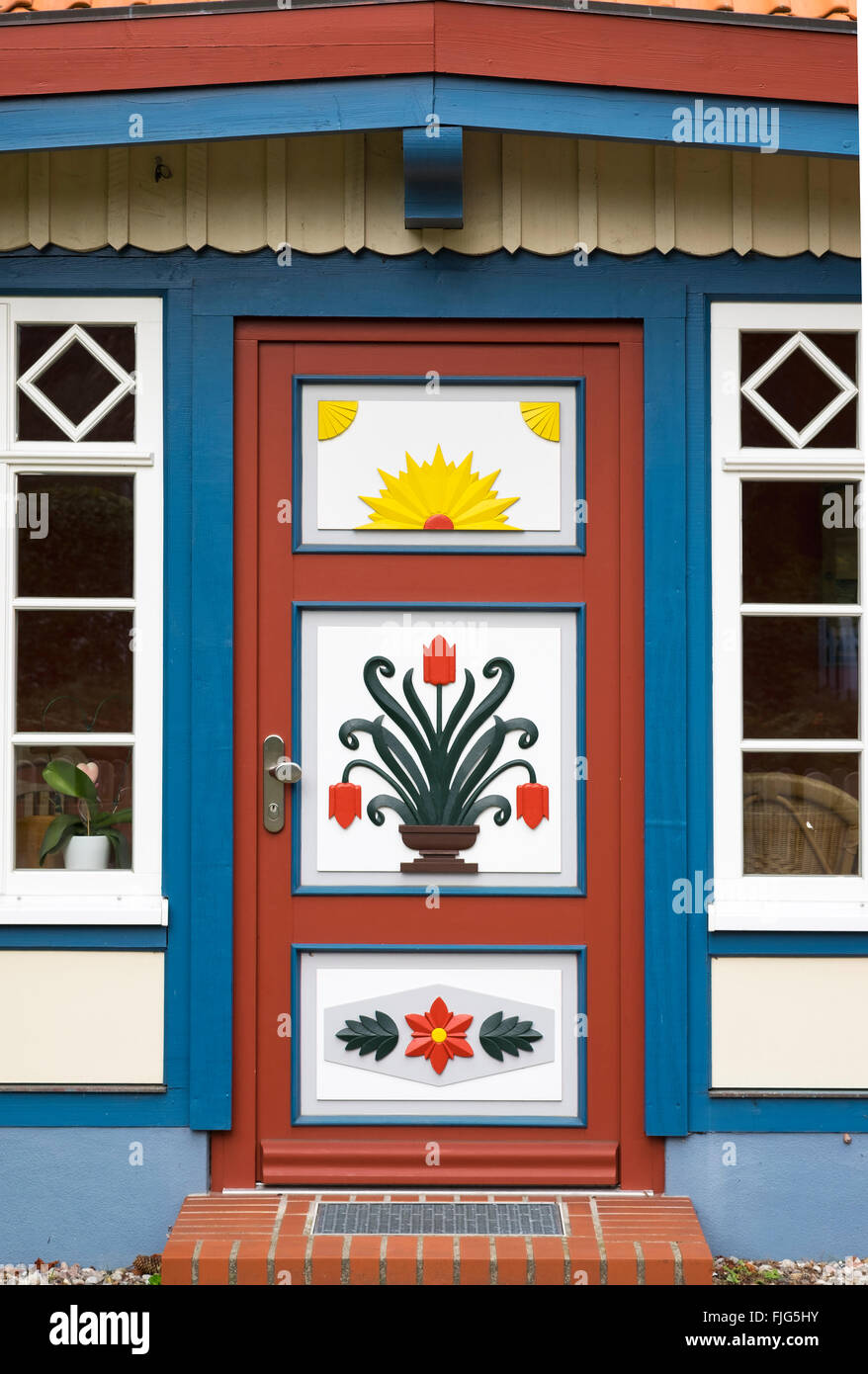 Traditionally painted door of a captain's house, Prerow, Darß, Fischland-Zingst, Baltic Sea, Mecklenburg - Stock Image