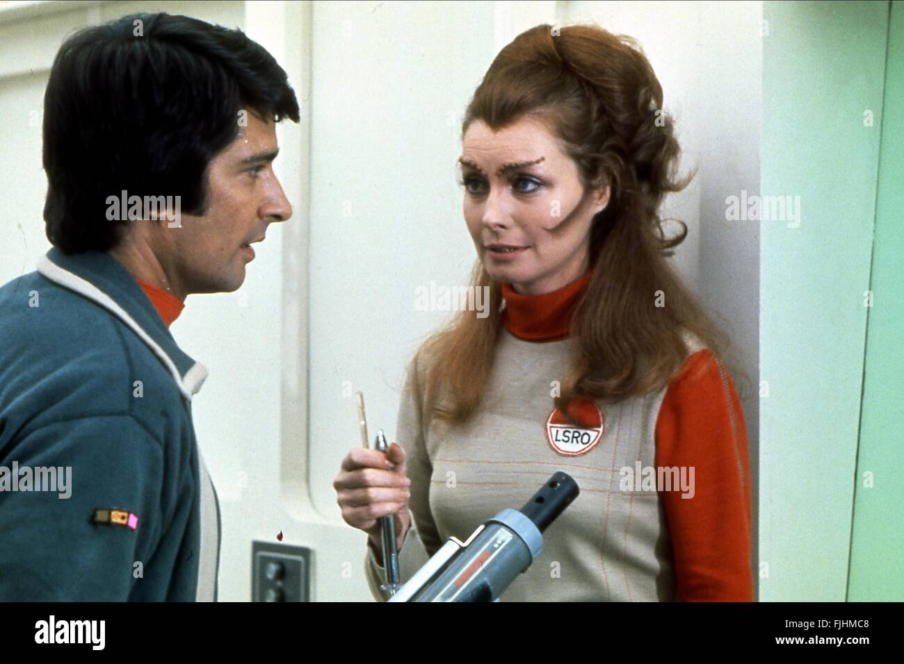 TONY ANHOLT, CATHERINE SCHELL, SPACE 1999 , 1975 - Stock Image