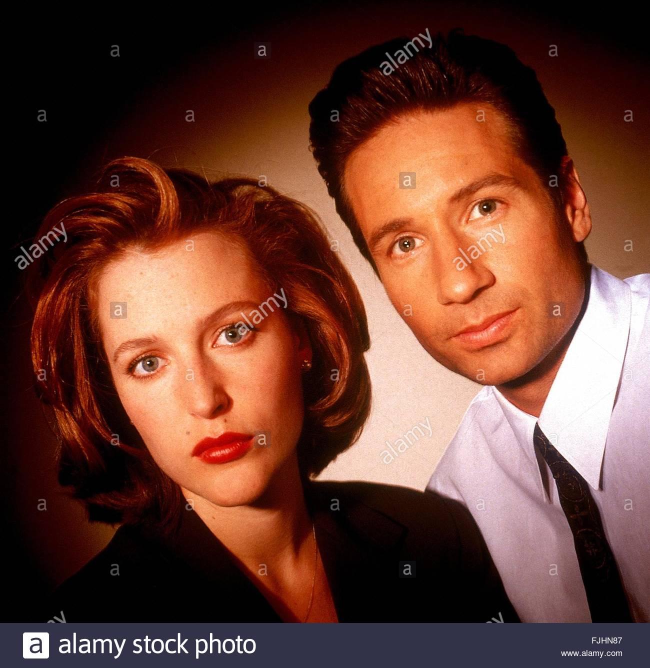 GILLIAN ANDERSON, DAVID DUCHOVNY, THE X FILES, 1993 - Stock Image