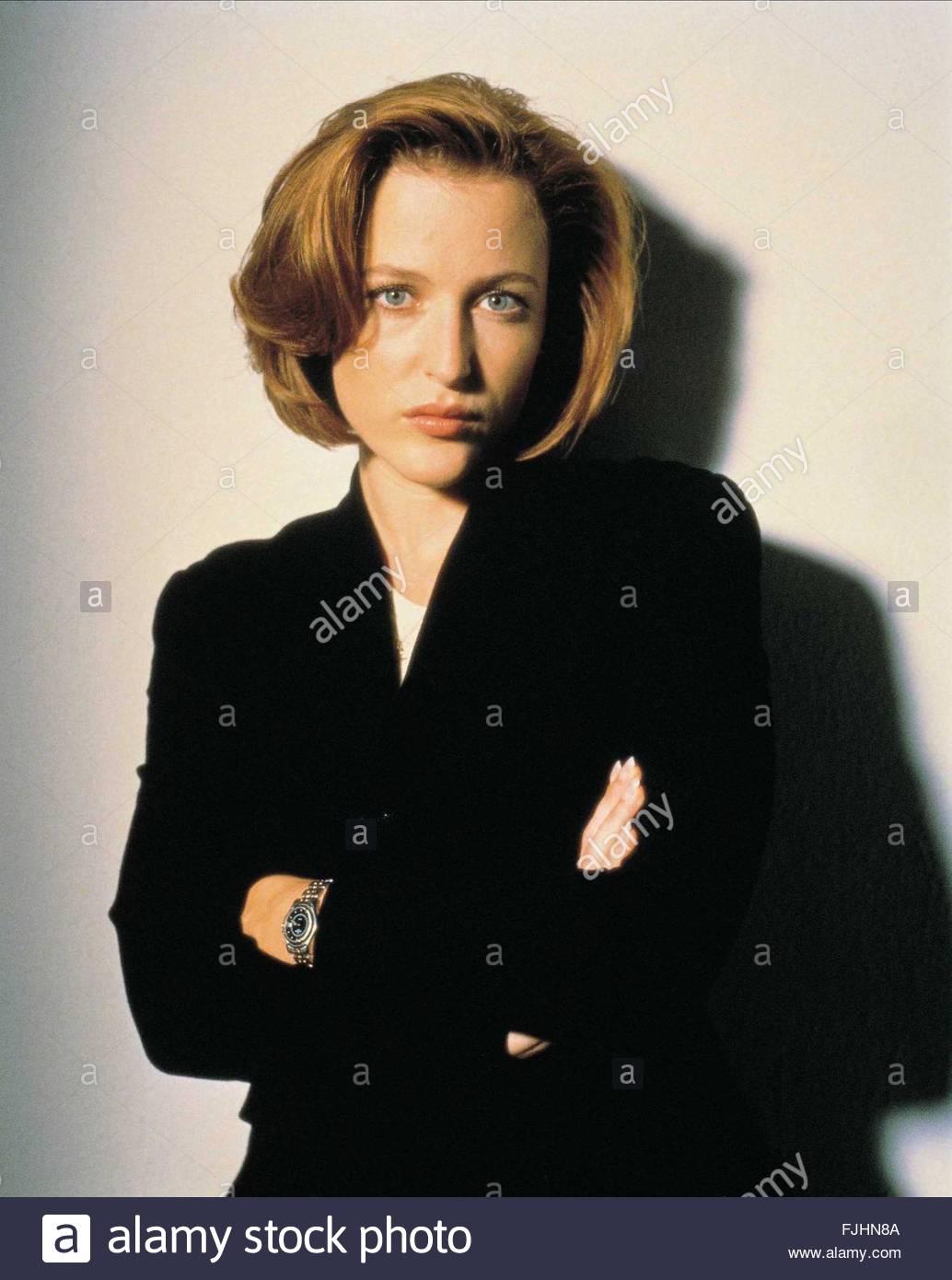 GILLIAN ANDERSON THE X FILES (1993) Stock Photo